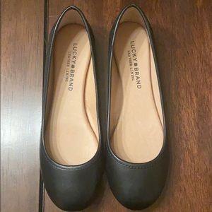 NWOT Lucky Brand Eaden Flat (Black)